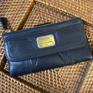 Fossil Lamb leather navy blue wallet